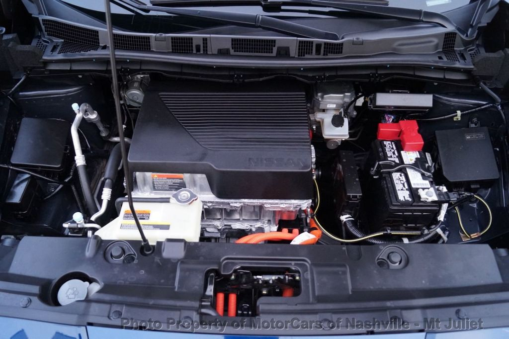 2018 Nissan Leaf S Hatchback - 18415252 - 44