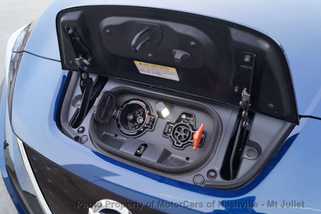 2018 Nissan Leaf S Hatchback - 18415252 - 45