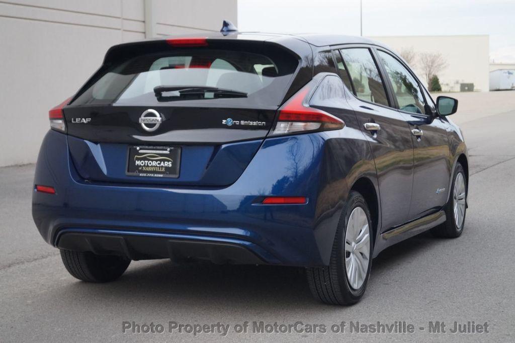 2018 Nissan Leaf S Hatchback - 18415252 - 8