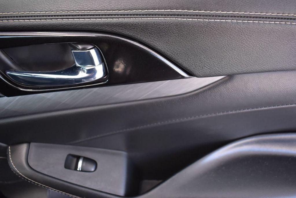 2018 Nissan Maxima  - 18676015 - 17