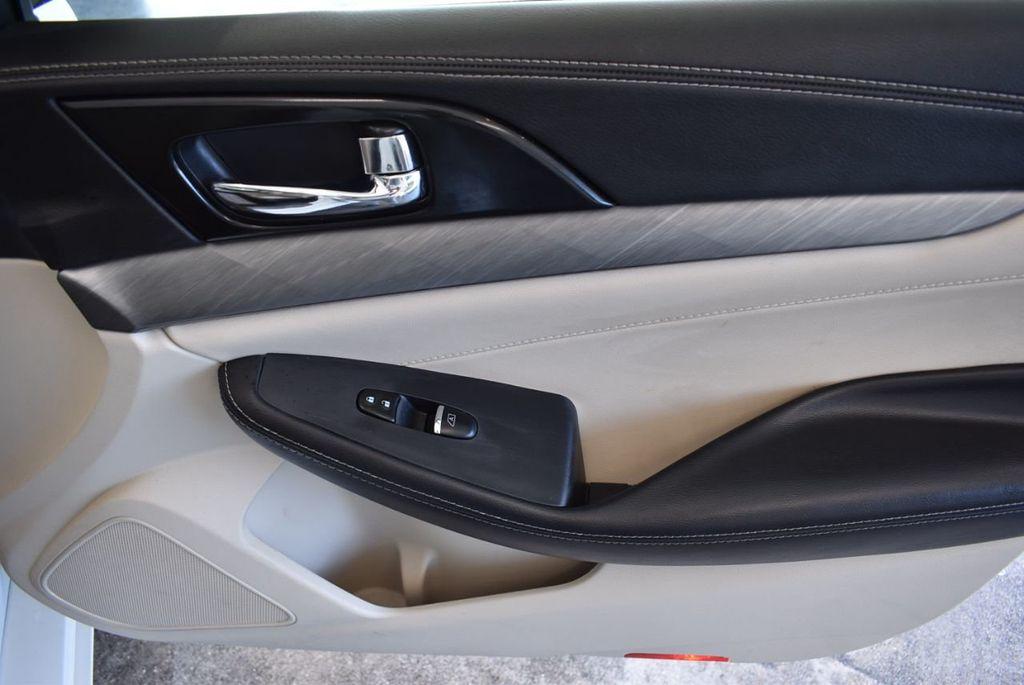 2018 Nissan Maxima SV 3.5L - 18250851 - 25