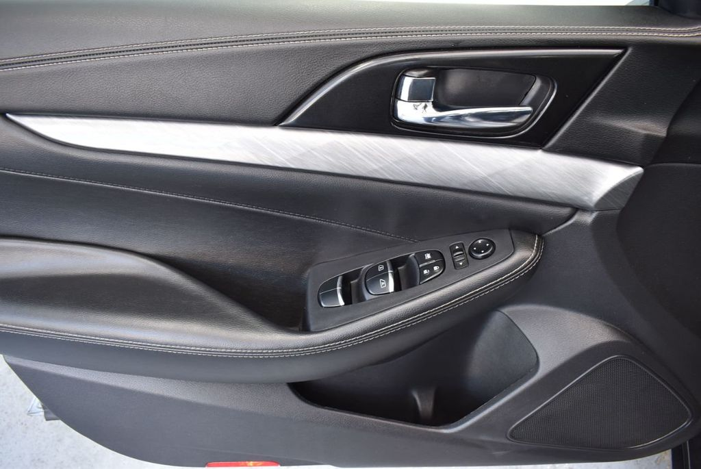 2018 Nissan Maxima SV 3.5L - 18415829 - 15