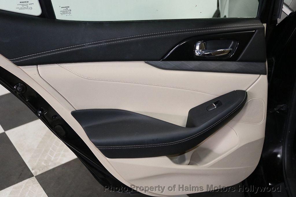2018 Nissan Maxima SV 3.5L - 18246118 - 11