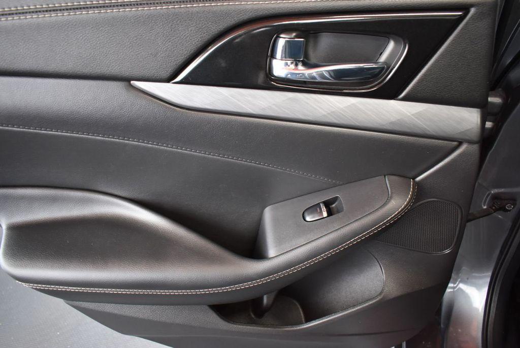 2018 Nissan Maxima SV 3.5L - 18218715 - 14