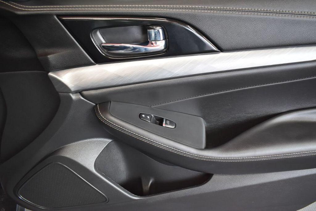 2018 Nissan Maxima SV 3.5L - 18218715 - 17