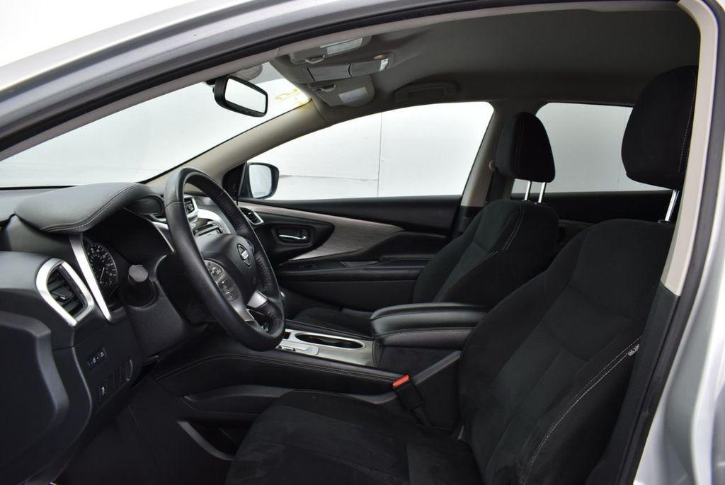 2018 Nissan Murano FWD SV - 18387270 - 9