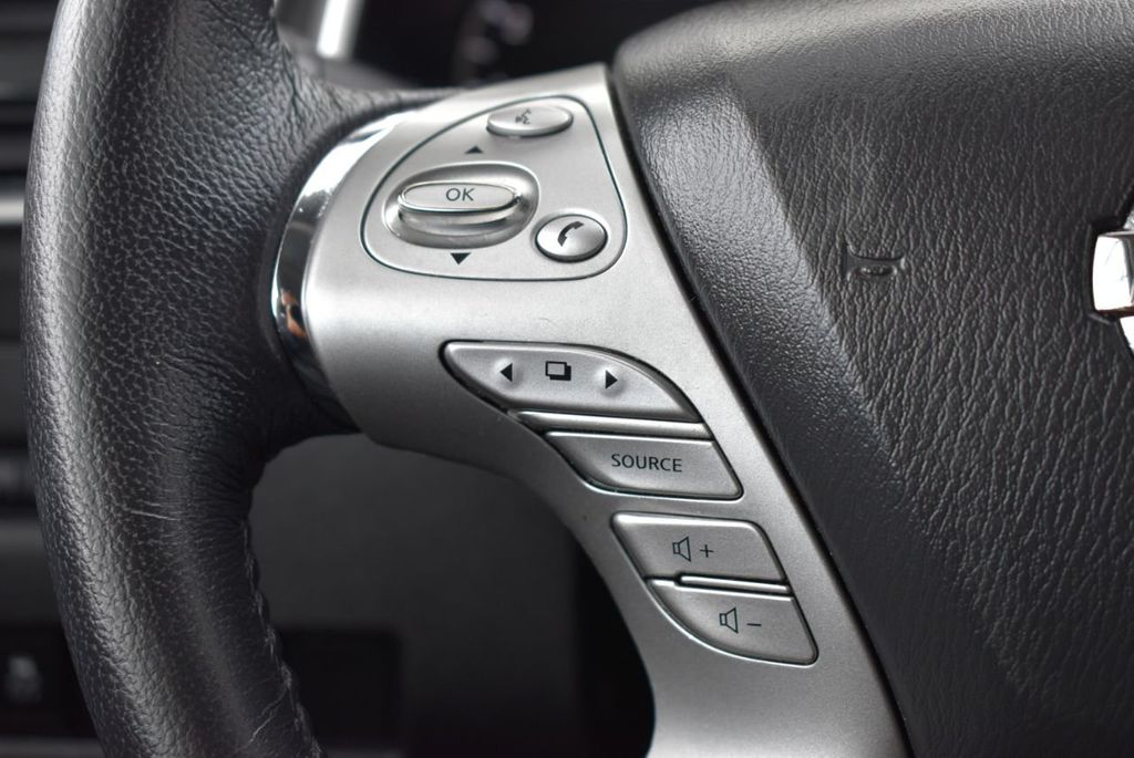 2018 Nissan Murano FWD SV - 18387270 - 15