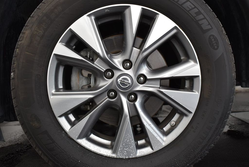 2018 Nissan Murano FWD SV - 18387270 - 23