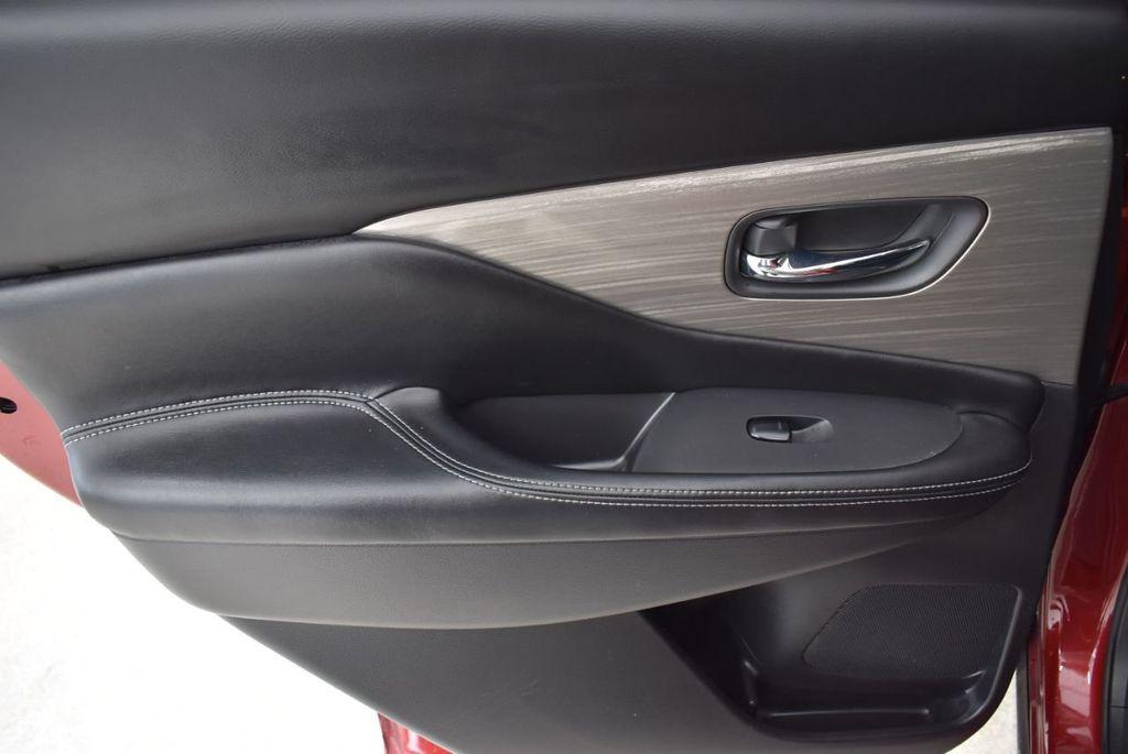 2018 Nissan Murano FWD SV - 18432686 - 13
