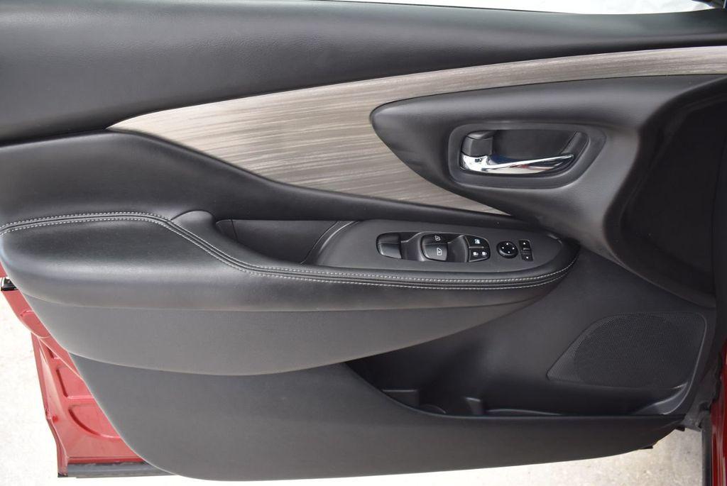 2018 Nissan Murano FWD SV - 18432686 - 15