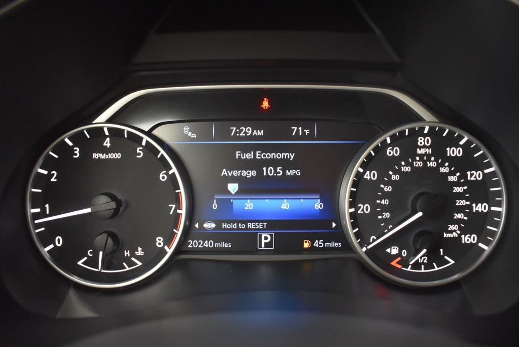 2018 Nissan Murano FWD SV - 18432686 - 16