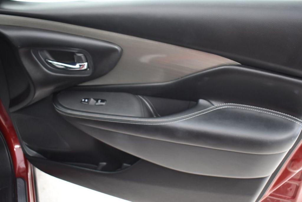 2018 Nissan Murano FWD SV - 18432686 - 24