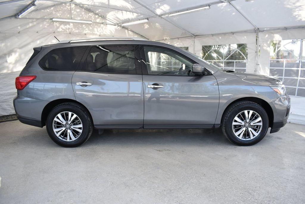 2018 Nissan Pathfinder  - 18546256 - 2