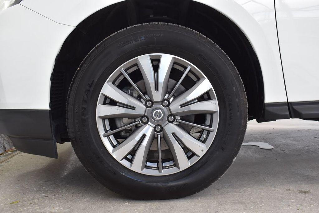 2018 Nissan Pathfinder FWD SV - 18433255 - 11