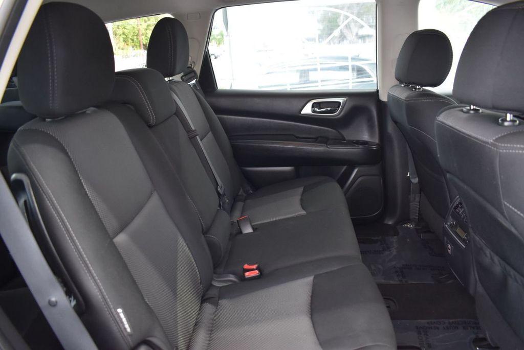 2018 Nissan Pathfinder FWD SV - 18433255 - 18