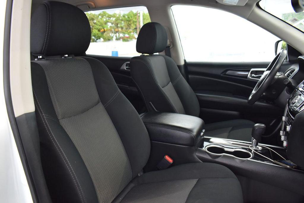 2018 Nissan Pathfinder FWD SV - 18433255 - 20