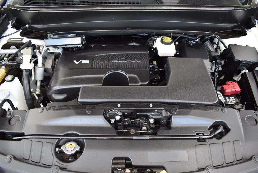 2018 Nissan Pathfinder FWD SV - 18433255 - 28
