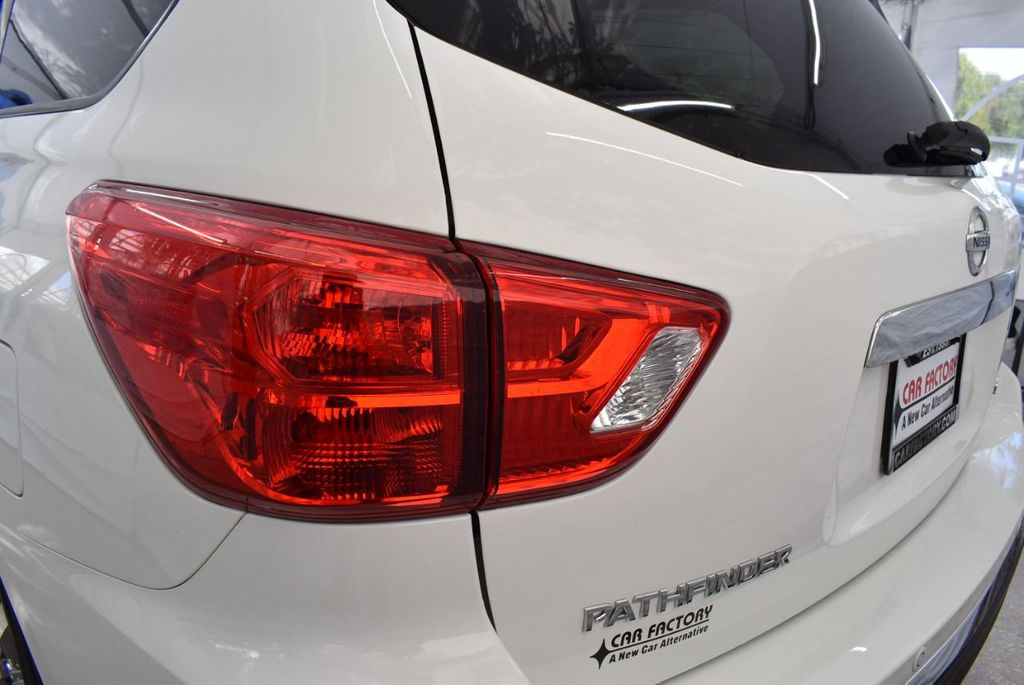2018 Nissan Pathfinder FWD SV - 18433255 - 6