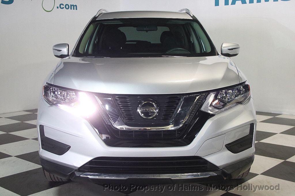 2018 Nissan Rogue AWD SV - 17422014 - 2