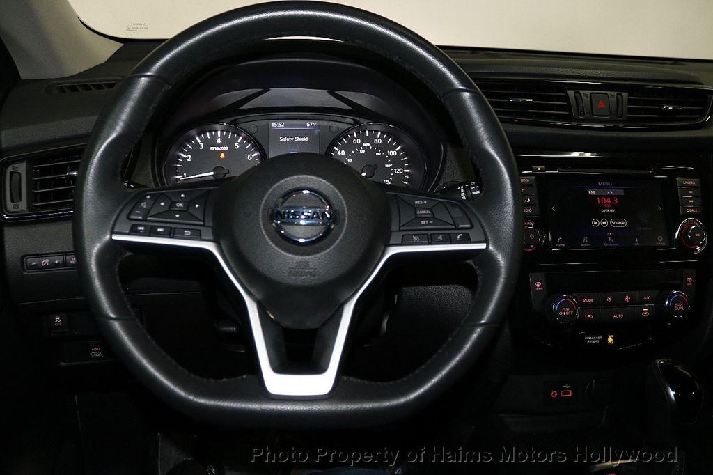 2018 Nissan Rogue AWD SV - 18557749 - 28