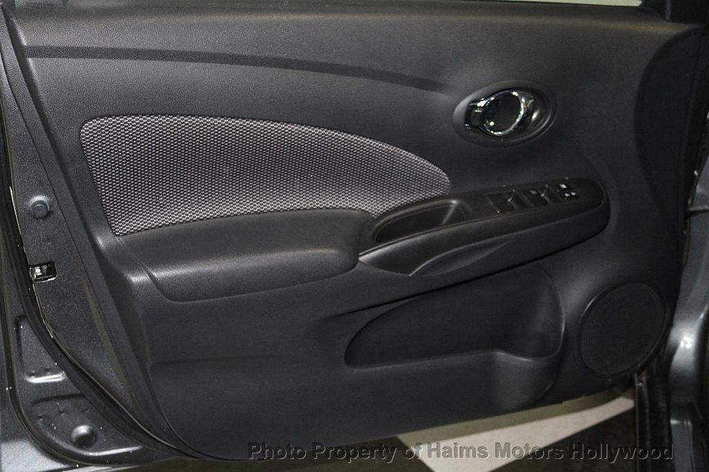 2018 Nissan Versa Sedan SV CVT - 17509762 - 9