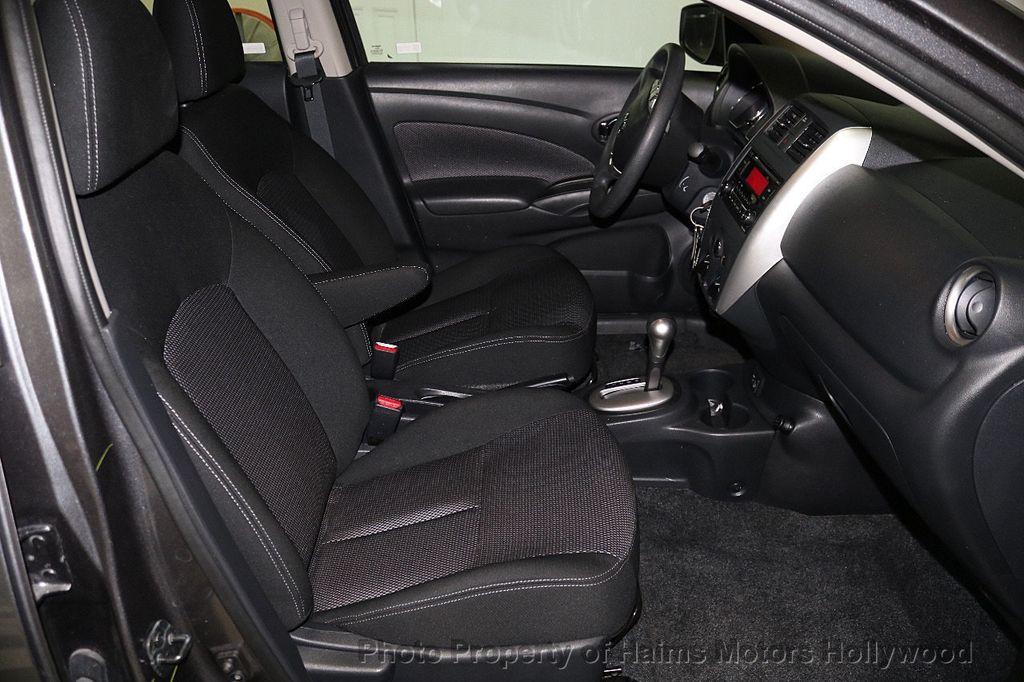 2018 Nissan Versa Sedan SV CVT - 17509762 - 13