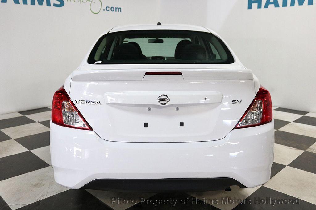 2018 Nissan Versa Sedan SV CVT - 18183654 - 5