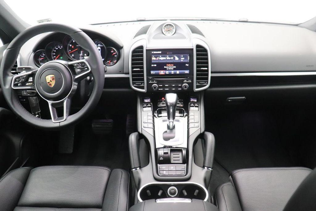 2018 Porsche Cayenne 4DR SUV AWD - 18632281 - 17