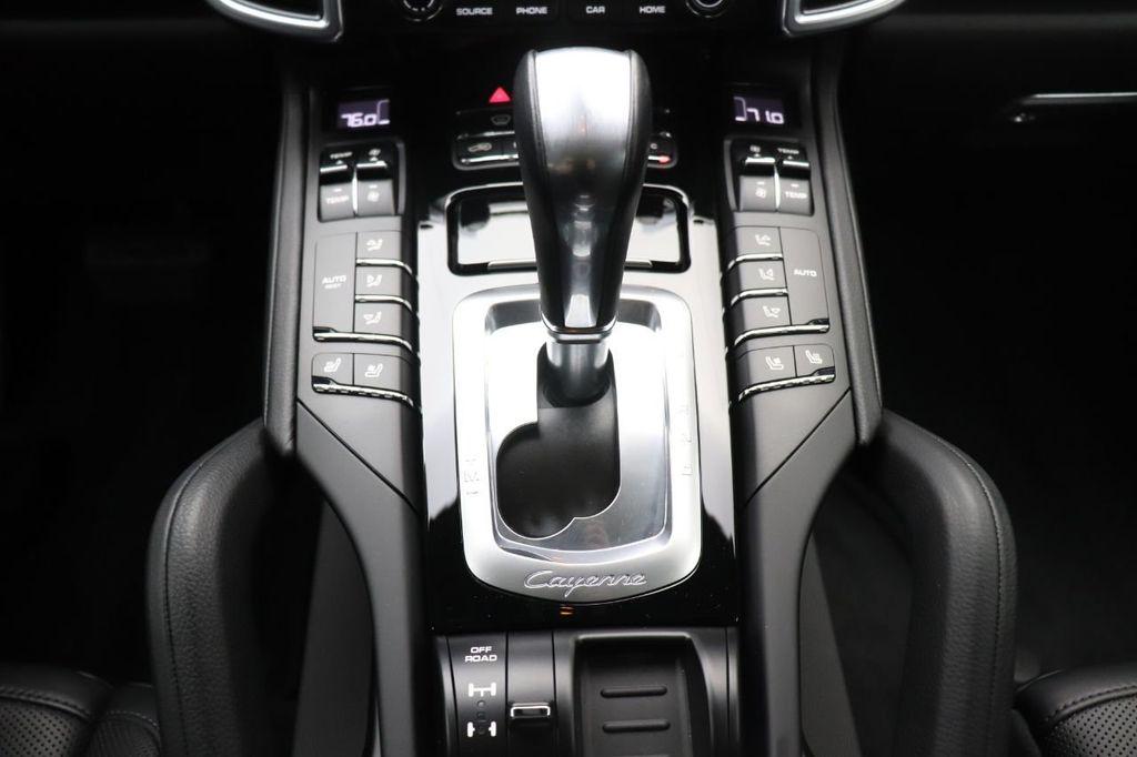 2018 Porsche Cayenne 4DR SUV AWD - 18632281 - 22