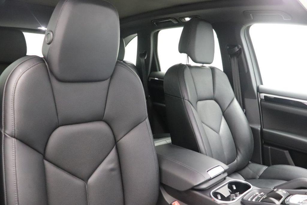 2018 Porsche Cayenne 4DR SUV AWD - 18632281 - 32