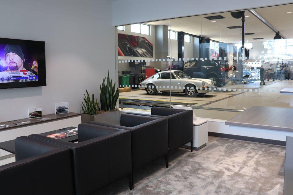 2018 Porsche Cayenne 4DR SUV AWD - 18632281 - 44