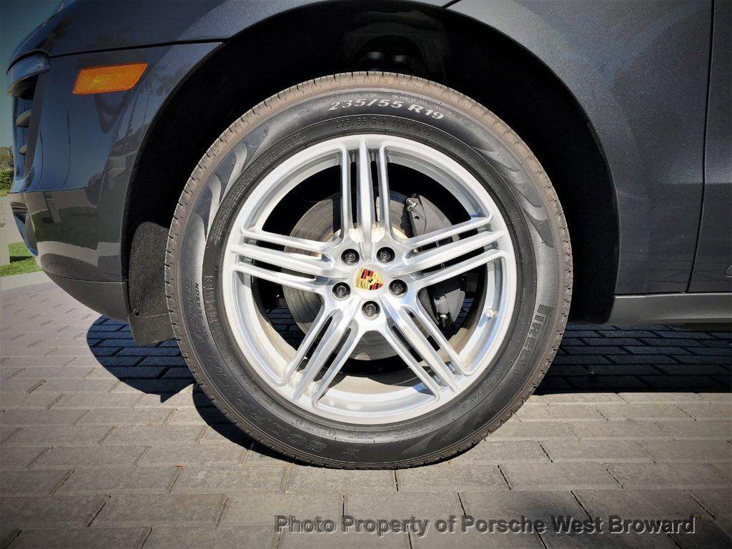 2018 Porsche Macan  - 18671367 - 10
