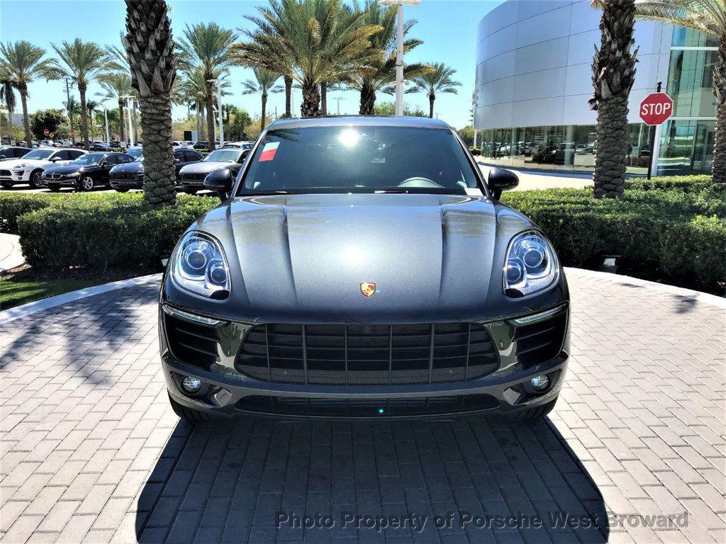 2018 Porsche Macan  - 18671368 - 1
