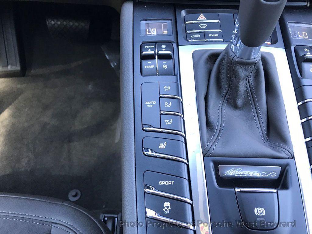 2018 Porsche Macan  - 18671368 - 25
