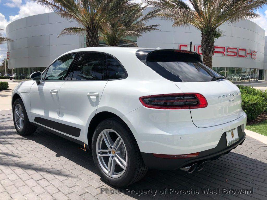 2018 Porsche Macan Sport Edition - 18050101 - 4