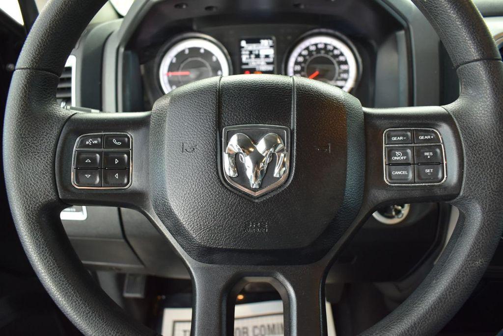 "2018 Ram 1500 SLT 4x2 Crew Cab 5'7"" Box Truck - 18574931 - 19"