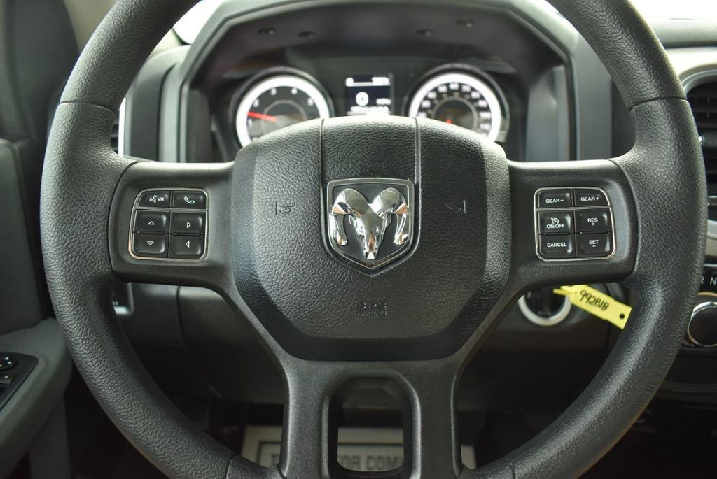 "2018 Ram 1500 Sport 4x2 Crew Cab 5'7"" Box Truck - 18497666 - 15"