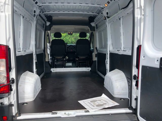 "2018 Ram ProMaster Cargo Van 2500 High Roof 136"" WB - Click to see full-size photo viewer"