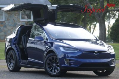 2018 Tesla Model X 100D AWD - Click to see full-size photo viewer