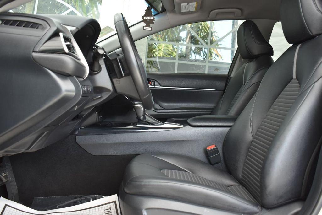 2018 Toyota Camry  - 18592317 - 12