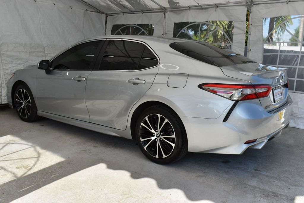 2018 Toyota Camry  - 18592317 - 3