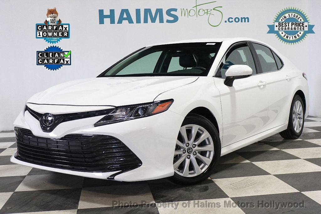 2018 Toyota Camry LE Automatic - 17875278 - 0