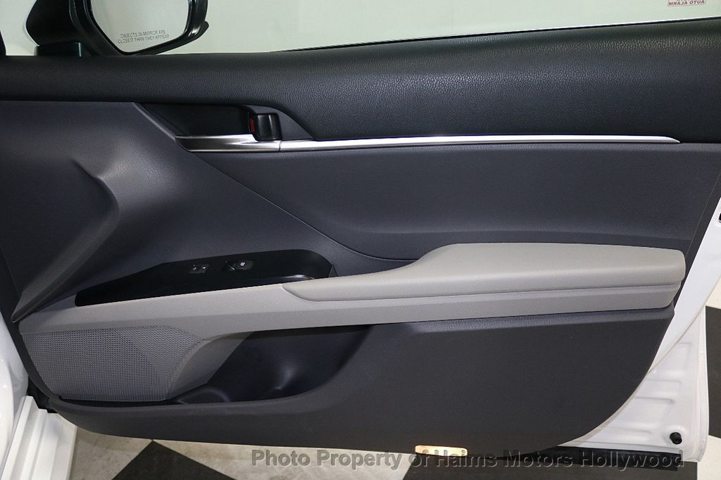2018 Toyota Camry LE Automatic - 17875278 - 12
