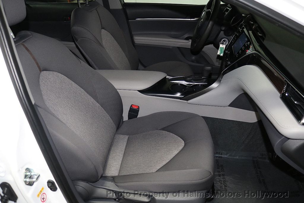 2018 Toyota Camry LE Automatic - 17875278 - 13