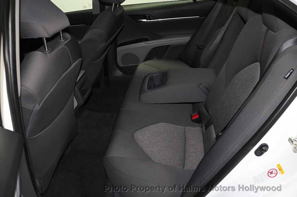 2018 Toyota Camry LE Automatic - 17875278 - 15