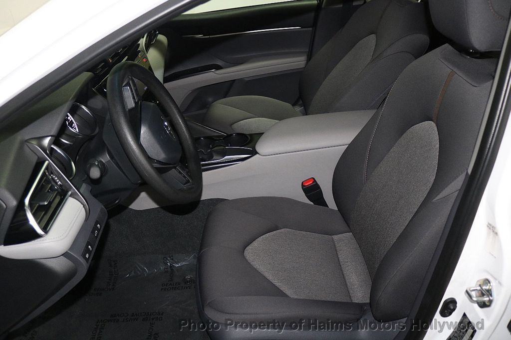 2018 Toyota Camry LE Automatic - 17875278 - 16