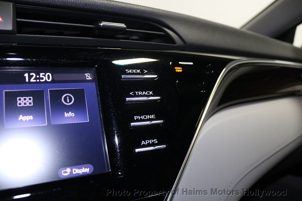 2018 Toyota Camry LE Automatic - 17875278 - 20