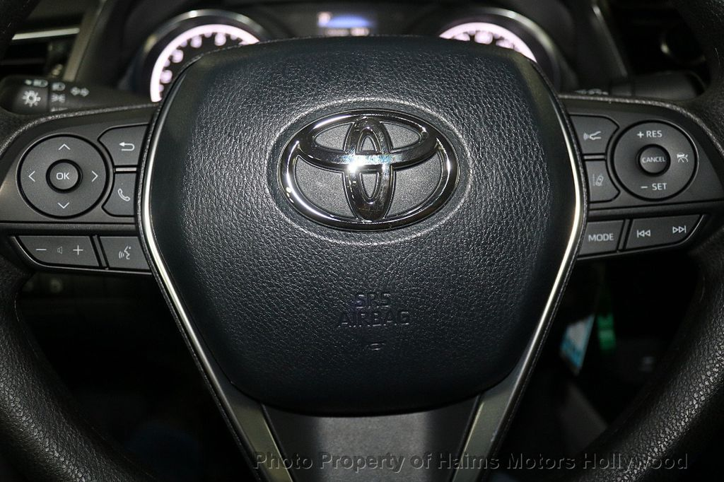 2018 Toyota Camry LE Automatic - 17875278 - 27