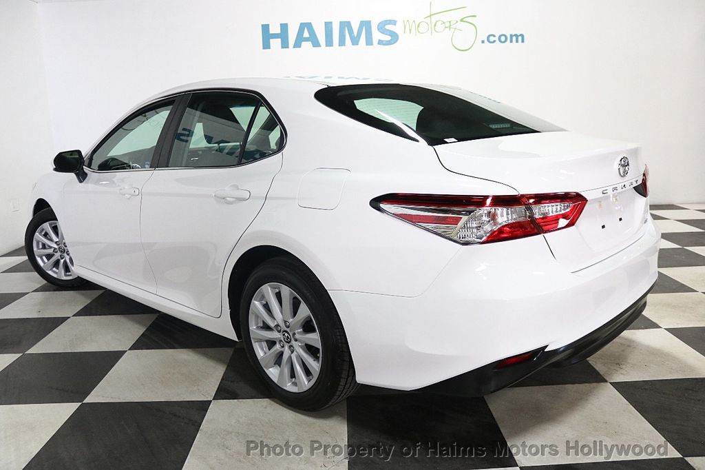2018 Toyota Camry LE Automatic - 17875278 - 4