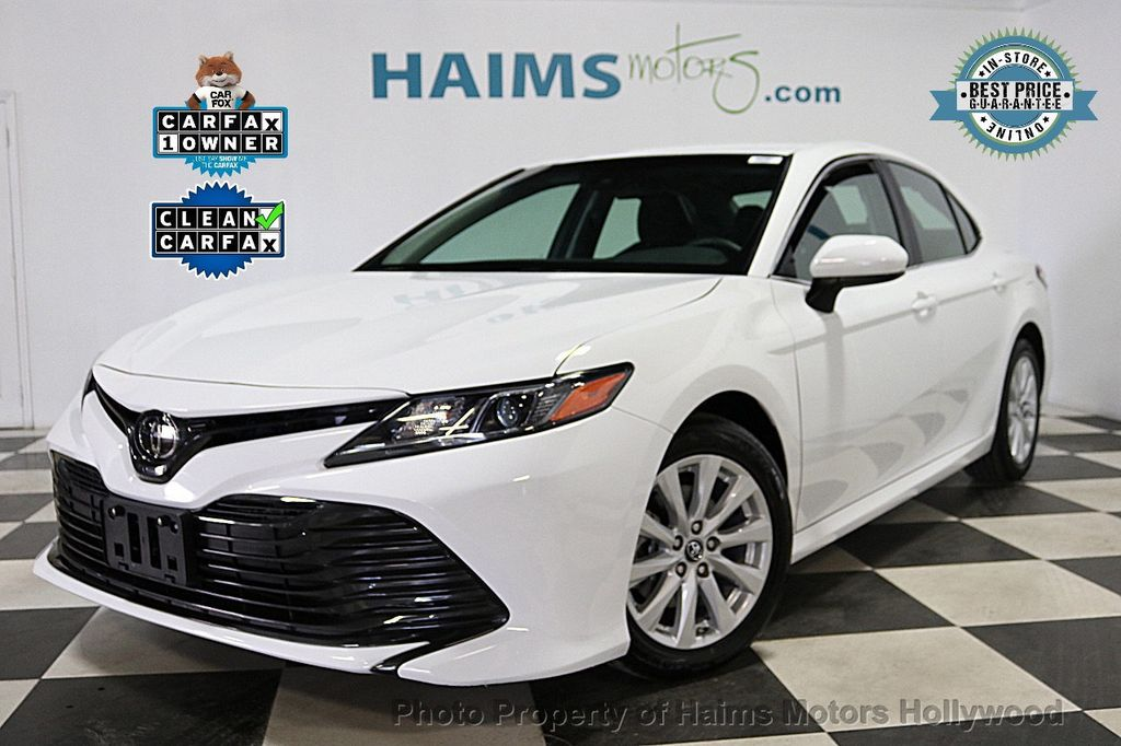 2018 Toyota Camry LE Automatic - 18090664 - 0